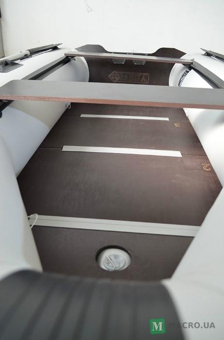 лодка надувная пвх моторная килевая omega 300 к
