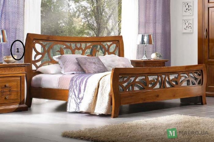 Изголовье кровати из дерева фото 2